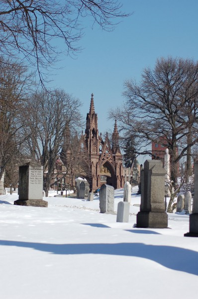 Green-Wood Cemetery, March 7, 2015: main gate in snow.